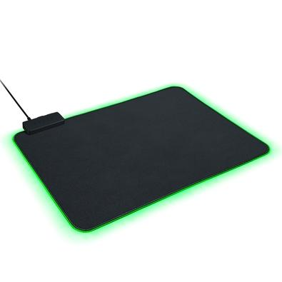 Mousepad Gamer Razer Goliathus Chroma, Control/Speed, Médio (355x255mm) - RZ02-02500100-R3U1
